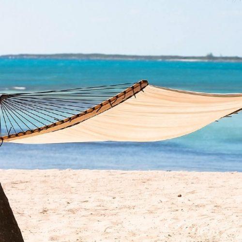 TUUCI Air Lounge tussen de palmbomen Hangmat tussen bomen hangmat