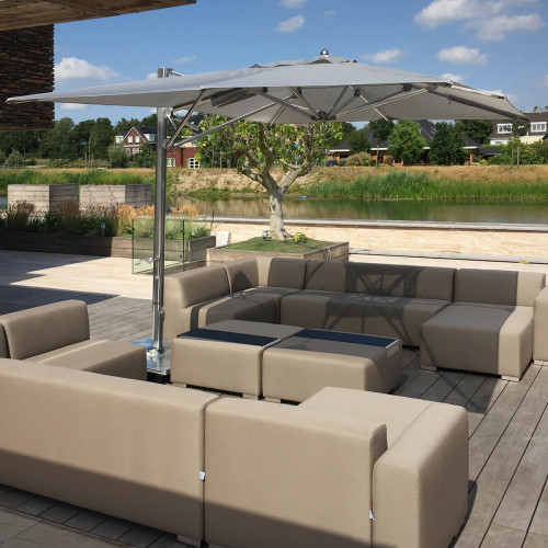 Design 2 Chill lounge hoek met Tucci Ocean Master Max Single Cantilever parasol