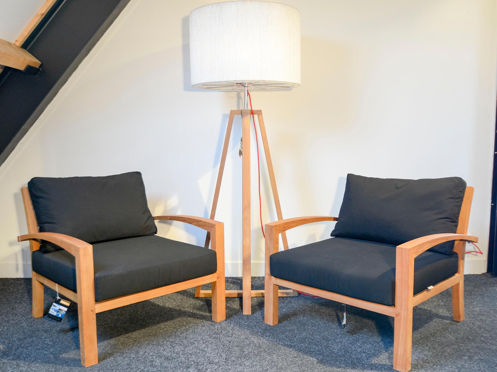 Lounge stoel buiten cheap tierra loungestoel fredo with for Lounge stoel buiten