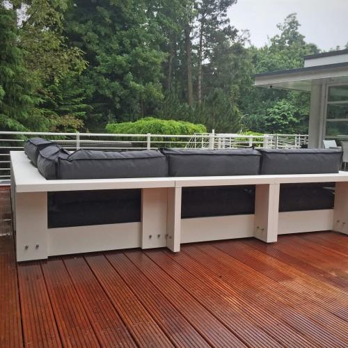 LOFDesign tuinmeubelen - Witte villa in omgeving Aerdenhout