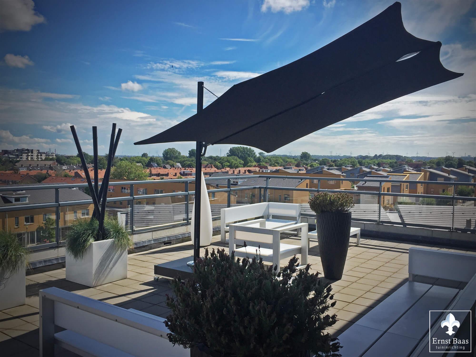 naaldwijk cre ert schaduw op hoog niveau ernst baas tuininrichting design tuinmeubelen. Black Bedroom Furniture Sets. Home Design Ideas