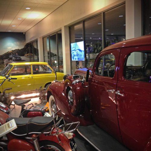 Diverse machinerie door de jaren heen van Volvo Hooftman