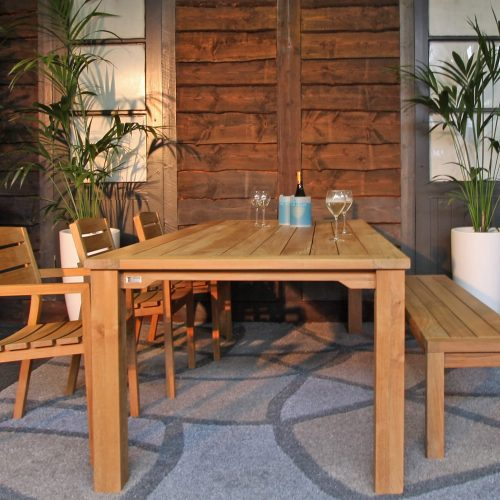 Maxima tafel met backless bench van Traditional Teak