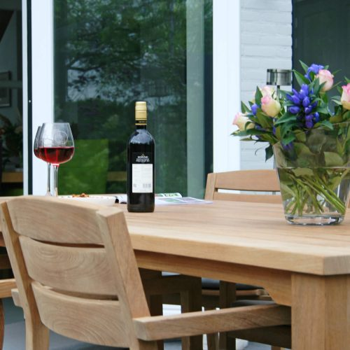 Traditional Teak - Maxima tafel met Noor stacking chair - Teakhout