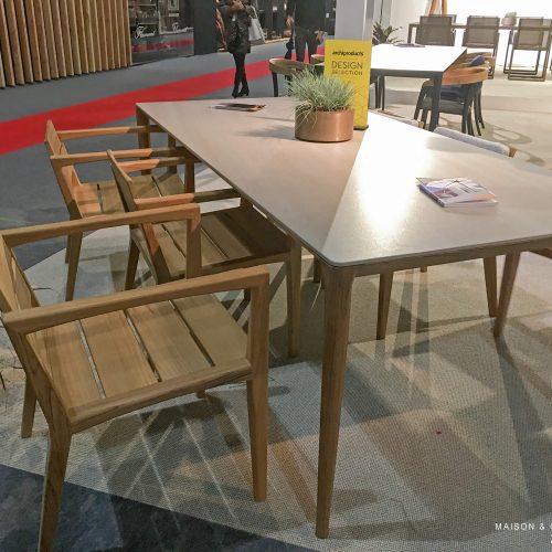 Nieuw 2018 - Royal Botania U-nite tafel met Zenhit stoel
