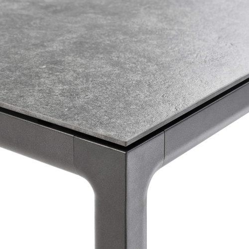 Detail - Soft tuintafel - Tapslopende poten Antraciet