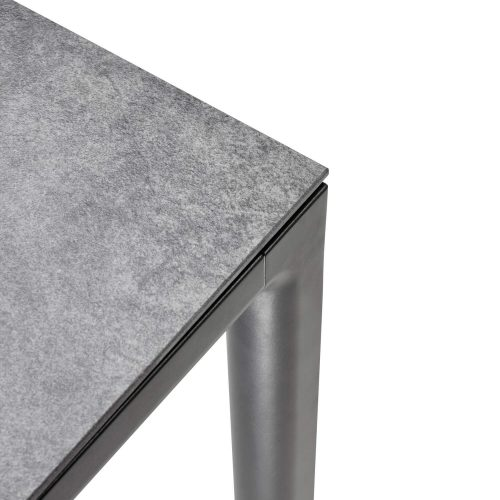 Detail - Soft tuintafel - Tapslopende poten Antraciet frame