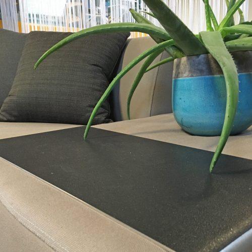 Serveplate van Design2Chill loungebank