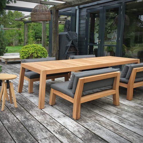 LOW Dining set van Piet Boon Outdoor