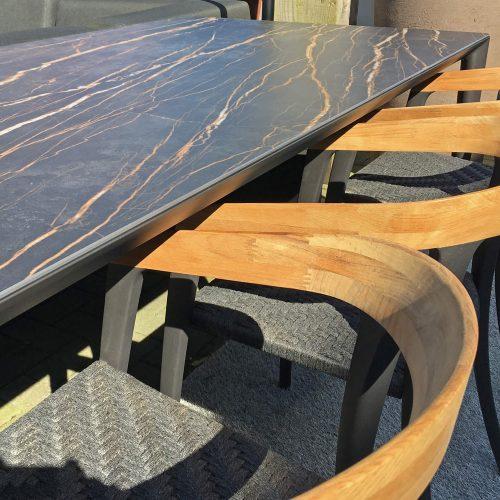 Royal Botania U-Nite tafel met keramiek top Vulcano Black