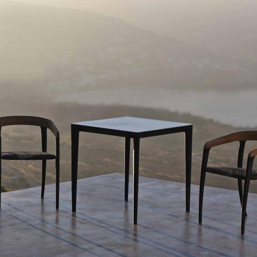 U-Nite in combi met Jive stoelen